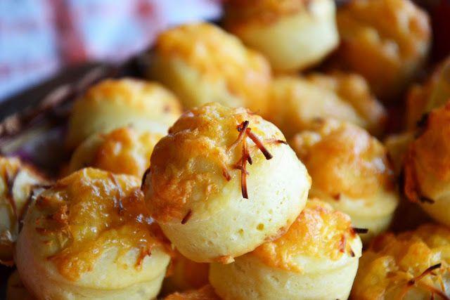 Sajtos Pogácsa - Hungarian Cheese Puffs