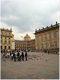 Resultado de imagen para plaza simon bolivar bogota. quede impactado con la plaza de Simón Bolivar