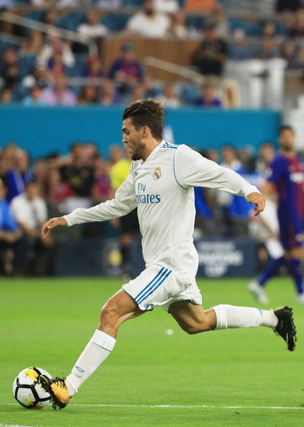 Mateo Kovacic #16 of Real Madrid scores a goal in the first half against the Barcelona during their International Champions Cup 2017 match at Hard Rock Stadium on July 29, 2017 in Miami Gardens, Florida.