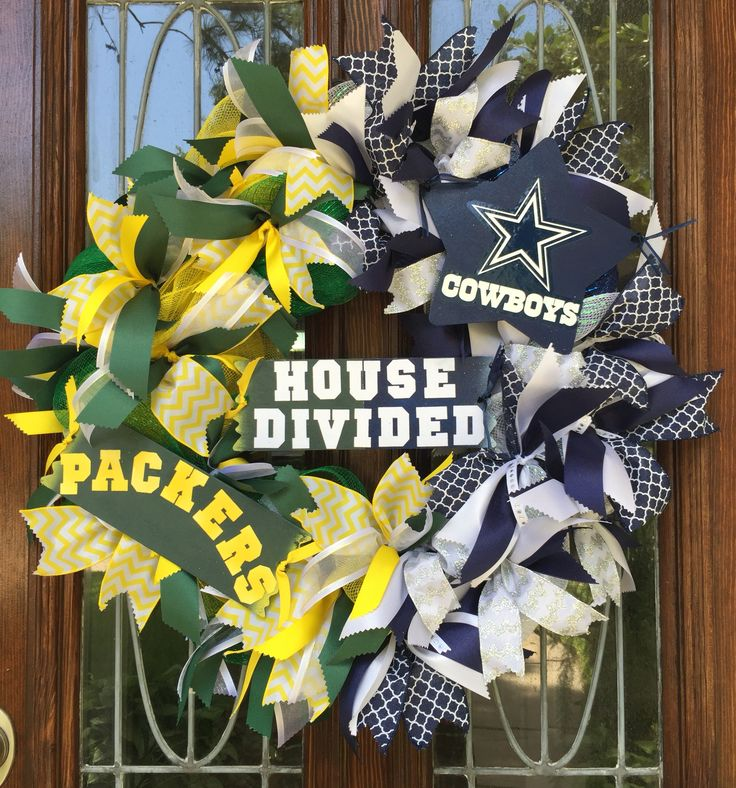NFL house divided wreath-Dallas Cowboys/Green Bay packers                                                                                                                                                                                 More
