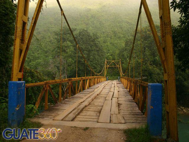 Guate360.com   Fotos de Semuc Champey - Puente, Coban Guatemala