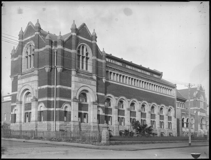 018556PD: Hackett Hall, Public Library of Western Australia building, James Street, Perth, ca. 1935 https://encore.slwa.wa.gov.au/iii/encore/record/C__Rb3513536