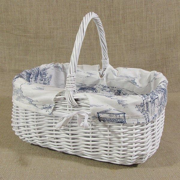 Biały wiklinowy koszyk z obszyciem - wzór (angielska wieś)