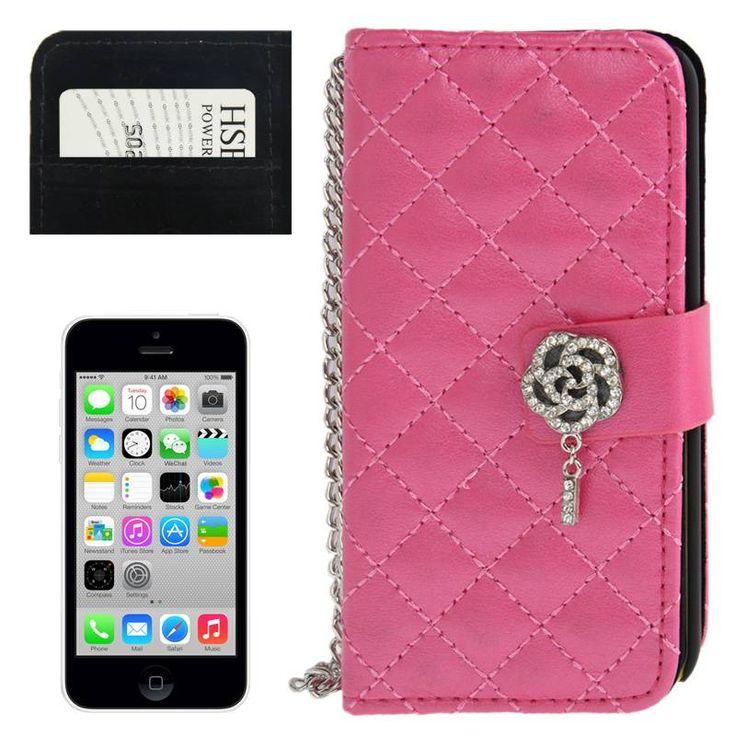 Bescherm je precious Apple Iphone 5C met deze chique, roze horizontale flipcover. Er is genoeg ruimte voor je meest gebruikte pasjes en is naast superlicht, vuil- en vlekafstotend
