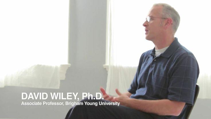 Vídeo  en el que aparece David Wiley, considerado el creador de los MOOCs #davidwiley #educacion #mooc