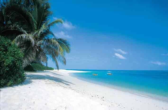 TOP 5: LE CINQUE SPIAGGE DA SOGNO PER LA VOSTRA LUNA DI MIELE DA FAVOLA!!! Amate il mare e le spiagge esotiche più di ogni altra cosa e siete alla ricerca della destinazione ideale per la vostra luna di miele all'insegna del relax? Ecco a voi le 5 spiagge più belle e romantiche per il viaggio di nozze!