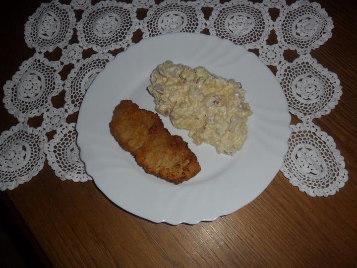 Štavnatý rezeň so zemiakovým šalátom z Veňarca