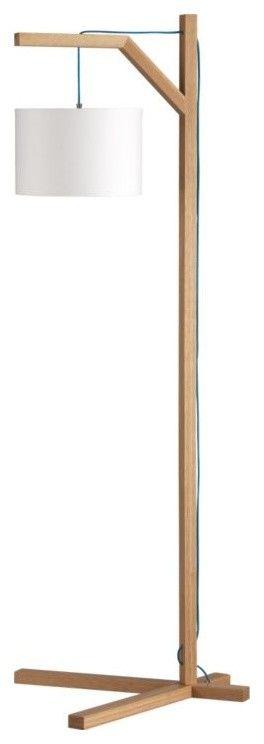 CdC, para atreverse con una de pie... Simple wood lamp.