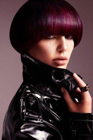 Sei stanco del tuo colore naturale di capelli e vuoi provare una nuova colorazione? Hai voglia di una ventata di novità ma non hai la minima idea di cosa scegliere...