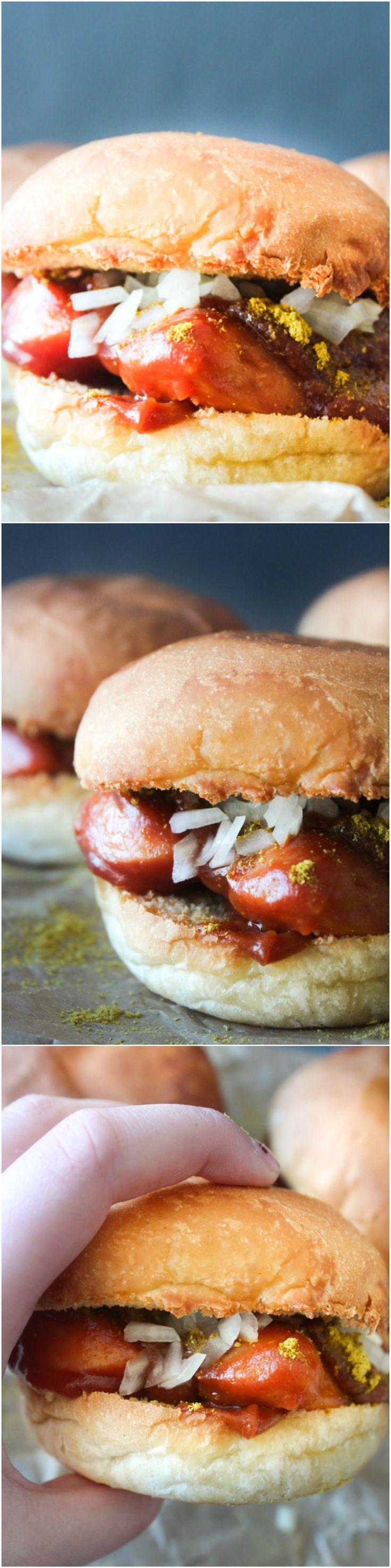 Easy Curry Wurst Sliders! Sausage Sliders