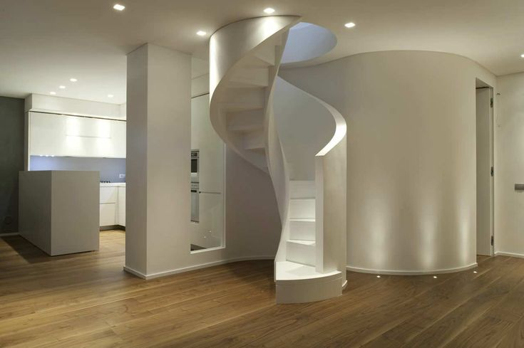 Spiral staircase / lateral stringer / with risers www.interbau.it/