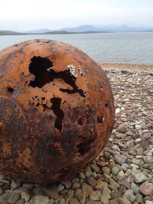 Consider rust. Scotland, Colgach - Photo by Raffaela Gottardelli