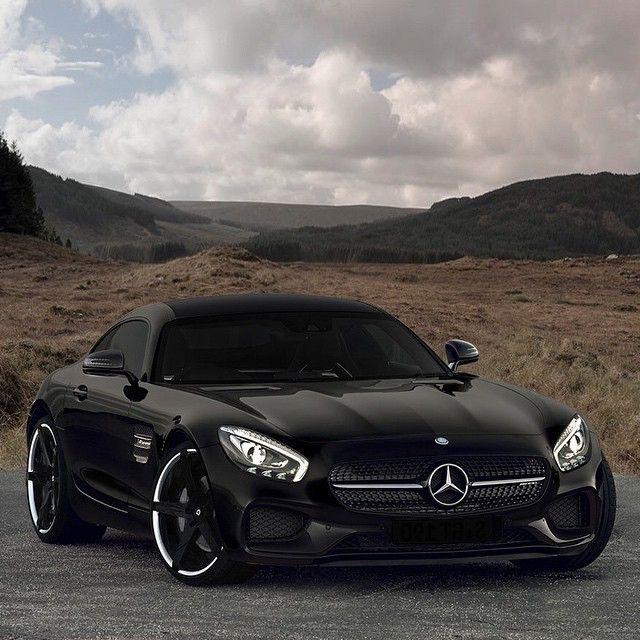 AMG GT •