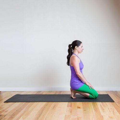 Если после бега болят ступни ног. Каждый раз после бега, ходить на массаж не представляется возможным, но вы можете делать растяжку ног самостоятельно. Так, вы себя избавите от боли в ступнях. Эта растяжка для стоп дает моментальный эффект, поэтому вы сразу почувствуете облегчение.