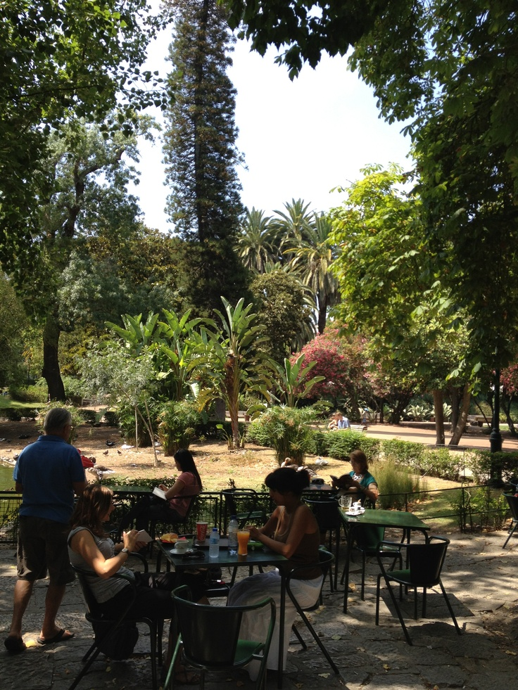 Jardim da Estrela, cafe