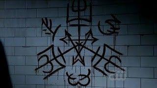 Símbolos supernatural…. 1_Anti-Posesión: Evita los demonios que poseen a su cuerpo. 2_Trampa del diablo: se utiliza para exorcismos y para alejar a los demonios. 3_Secreto de Ban: Símbolo ángeles defendiéndose, dibujado en las paredes, las...