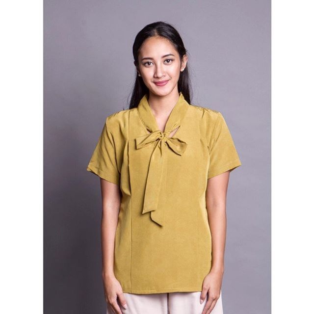 Saya menjual Baju Menyusui Melissa Bow Top seharga Rp225.000. Dapatkan produk ini hanya di Shopee! http://shopee.co.id/amandacallista/12025337 #ShopeeID