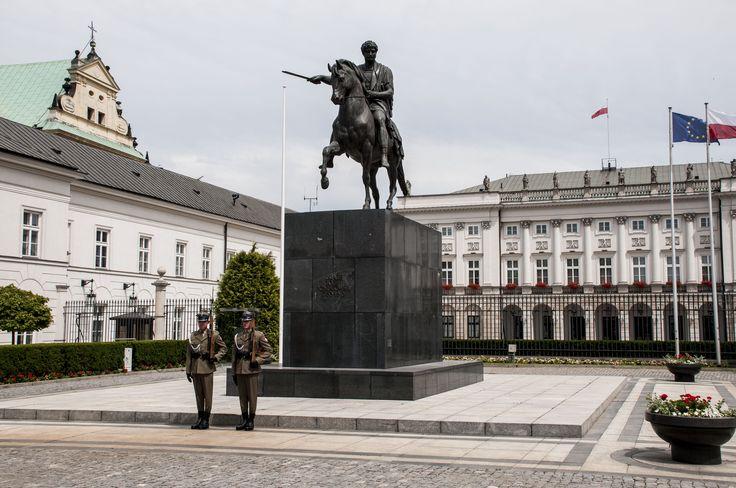 Presidential palace - copyright Panthera Smit