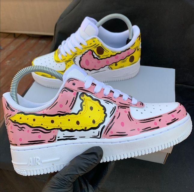 O cualquiera Contracción Brote  Mejor Sin cargo zapatillas nike dibujadas Ideas,Bob Esponja Nike Air Force  1 De Dibujos Ani... | Zapatillas nike, Zapatos nike hombre, Zapatos tenis  para mujer