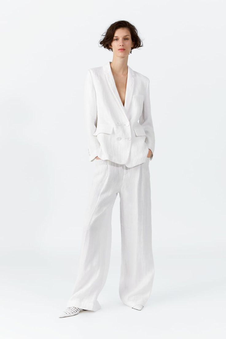 ZARA - Female - Buttoned linen blazer - Mid-ecru - S White Linen Suit, White Suits, Blazers For Women, Suits For Women, Clothes For Women, Women's Blazers, Linen Shop, Neutral Outfit, Suit Fashion
