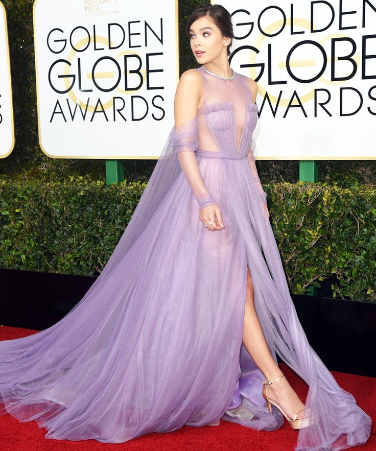 The Prettiest, Most Princess-Worthy Dresses at the 2017 Golden Globes - Hailee Steinfeld from InStyle.com