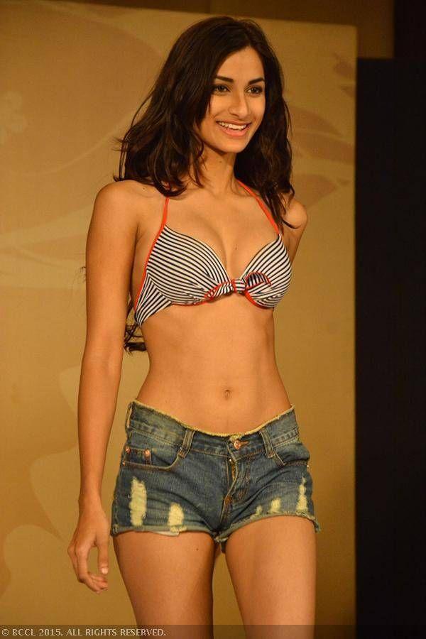 fbb Femina Miss India 2015 finalist Diksha Singh during the Centro Miss Rampwalk.