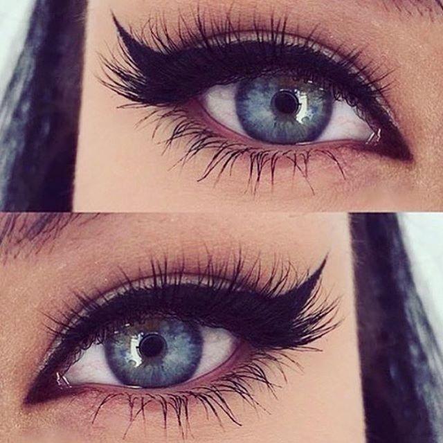 Kutu icinde 2 easyeyeliner mevcut. 4 çesit eyeliner çekme özelliği; üst liner, dip liner, kedi gözü ve far. Easyeyeliner 25TL. Havale - eft ile siparişlerinizi bekliyoruz. Kredi kartı ile sipariş vermek isterseniz @gittigidiyor da satışımız başlamıştır taksit seçeneği de mevcuttur. #easyeyeliner #eyeliner#kolayeyeliner #makeup #makeupartist#instamakeup #instamakeupartist#kozmetik #gozmakyaji #kedigözü#catliner #eye #black #makyaj #siparis #far#headlights #ruj #lipstick #fondoten #rimel