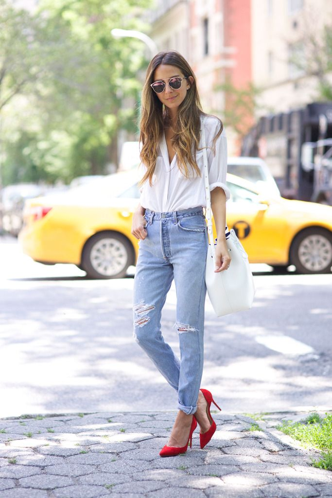 Accessorize with red heels