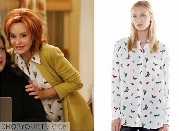 Mike & Molly: Season 5 Episode 1 Joyce's Insect Print Shirt