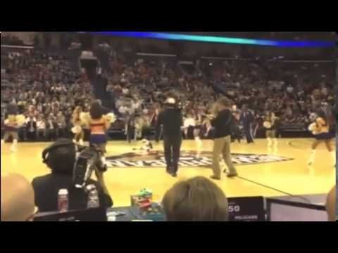Will Ferrell Hits Cheerleader in Face with a Basketball Will Ferrell Hit...