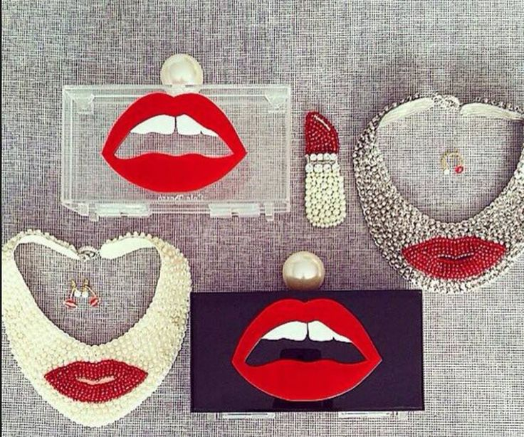 Art deco LIPS clutches are available on request