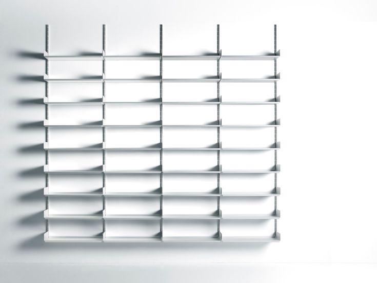Libreria a parete o autoportante in alluminio estruso 606 UNIVERSAL SHELVING SYSTEM - DE PADOVA