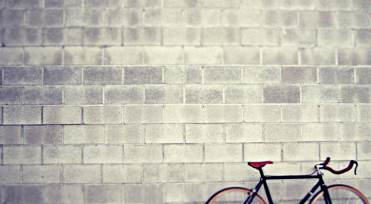 bicycle lean on wall hd wallpaper