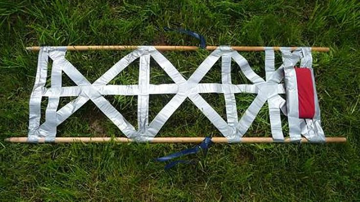scouts guide to make a stretcher