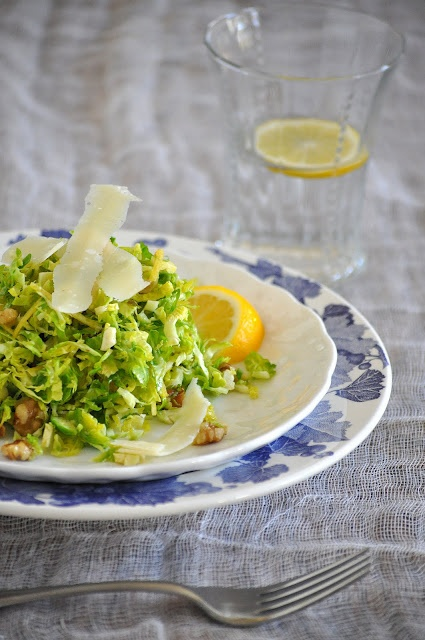 Shredded Brussels Sprouts with Lemon, Walnuts and Parmesan by lemonsandlavender: Brussels Sprouts Salad, Recipe, Lemonsandlavend Brusselsprout, Salad Lemonsandlavend, Parmesan, Walnut, Shredded Brussels, Brussel Sprouts, Brusselsprout Salad
