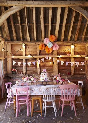 Selina Lake: Barn Dance Styling -★-
