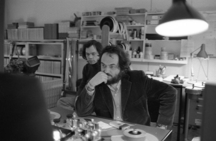 Kubrick editing Barry Lyndon in his garage, by his daughter Christiane, dec 74