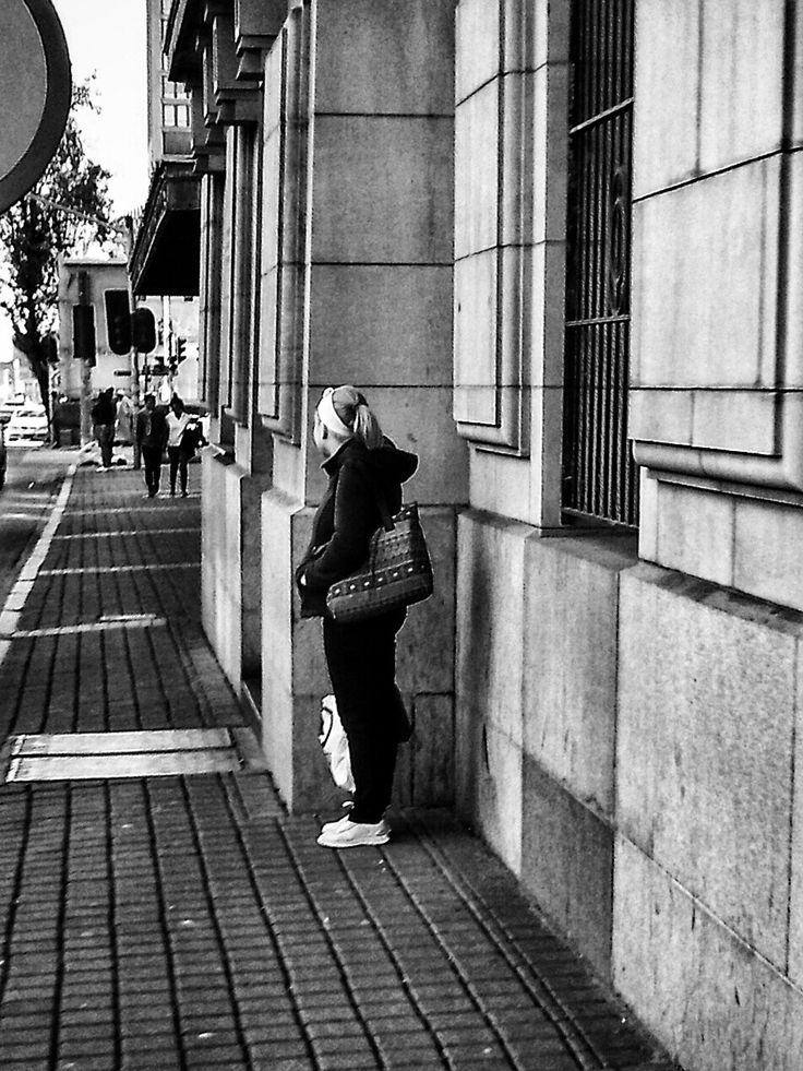 - cornered off #panographer #photography  #landscapephotography #art #architecturephotography  #illgrammers #jozigrams #ishot_sa #iamnikon #iamnikonsa #landscaping #landschaftsfotografie #vsco #vsco🍃 #street #streets #streetphotography #documentaryphotography #blackandwhite #monochrome  #blacknwhite_perfection #blackandwhitephotography #architecturephotography #architectureilike #JOZI #southafrica #bostonmediahouse