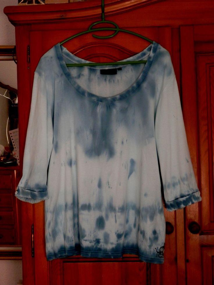 """""""Tie"""" dye t-shirt"""