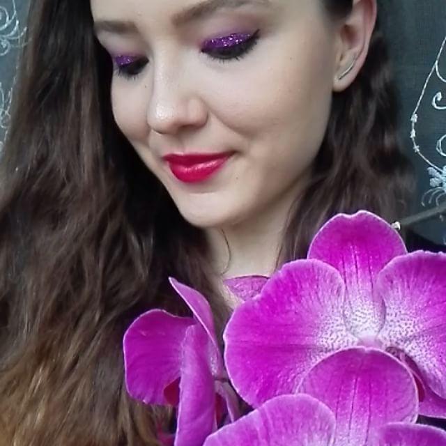 ����#fioletoweszaleństwo#diva#makeup#makijaż#estradowy#zajecia#wizaż#kosmetologia#cosmetology#instapic#instagirl#smile#happyness#weekend#friday#women#picoftheday#picoftheday#instamoments#selfie #longhair#tagsforlikes#xd#artistic#polskadziewczyna#hashtags#xd#flowers#brokat http://tipsrazzi.com/ipost/1508045684748928257/?code=BTtp49whUUB