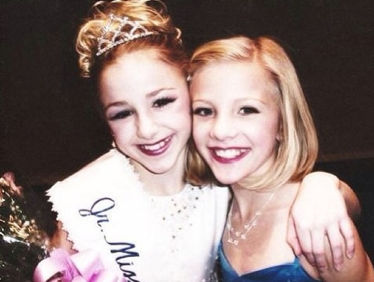 Chloe and Paige #twinnies