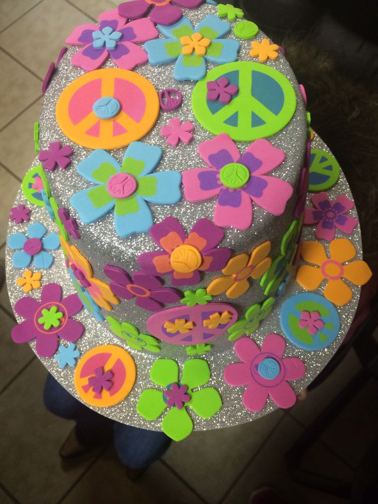 Alexis made this hat for 100 days of school.