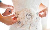 Эксклюзивно для клиентов Бутика свадебной и вечерней моды/Faina wedding boutique работает дизайнер, а так же трудится команда: мастер-универсал, художник-декоратор; конструктор и художник по костюму. Наш спектр услуг: подгонка платья по фигуре, изготовление дополнительных элементов, индивидуальный дизайн и пошив вечерних платьев для подружек невесты, эскиз, подбор ткани и фурнитуры, свадебные аксессуары для дам (воротнички, подвязки). www.fainaboutique.ru