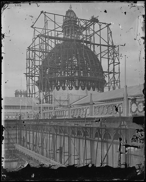 Construction of the Garden Palace! (. The Garden Palace was built in only eight months to house the Sydney International Exhibition in 1879 in the Royal Botanic Gardens. It burnt down in 1882)