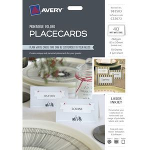 Create unique and personal placecards for your guests.