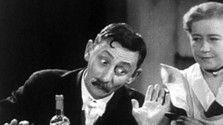 Anton Špelec, ostrostrelec Česká filmová komédia z roku 1932 o tom, čo všetko spôsobila urážka cisárskeho majestátu.