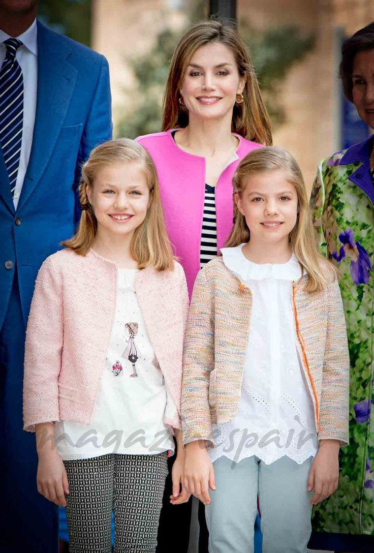 La Familia Real en la misa de Pascua de resurreccion en Palma de Mallorca