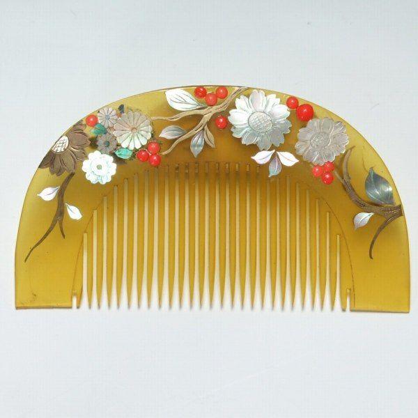 Shizuoka antique shop Tachi such as antique antique chest of drawers era doll - Aogai tortoiseshell comb-笄 set
