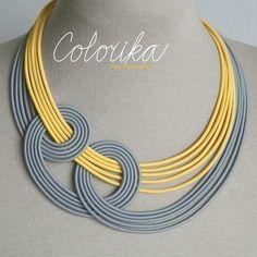 Collier, cordon textile, couleur : gris, jaune, argenté