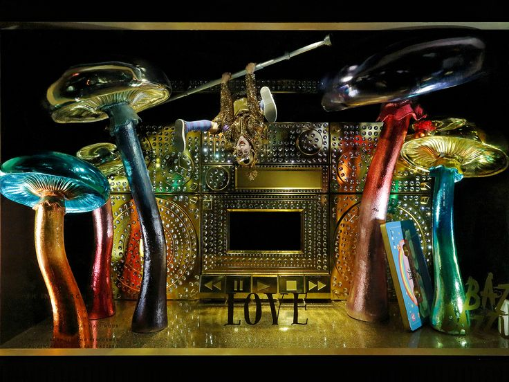 Best Christmas Windows Images On Pinterest Windows Candy - The 8 best holiday window displays in the world